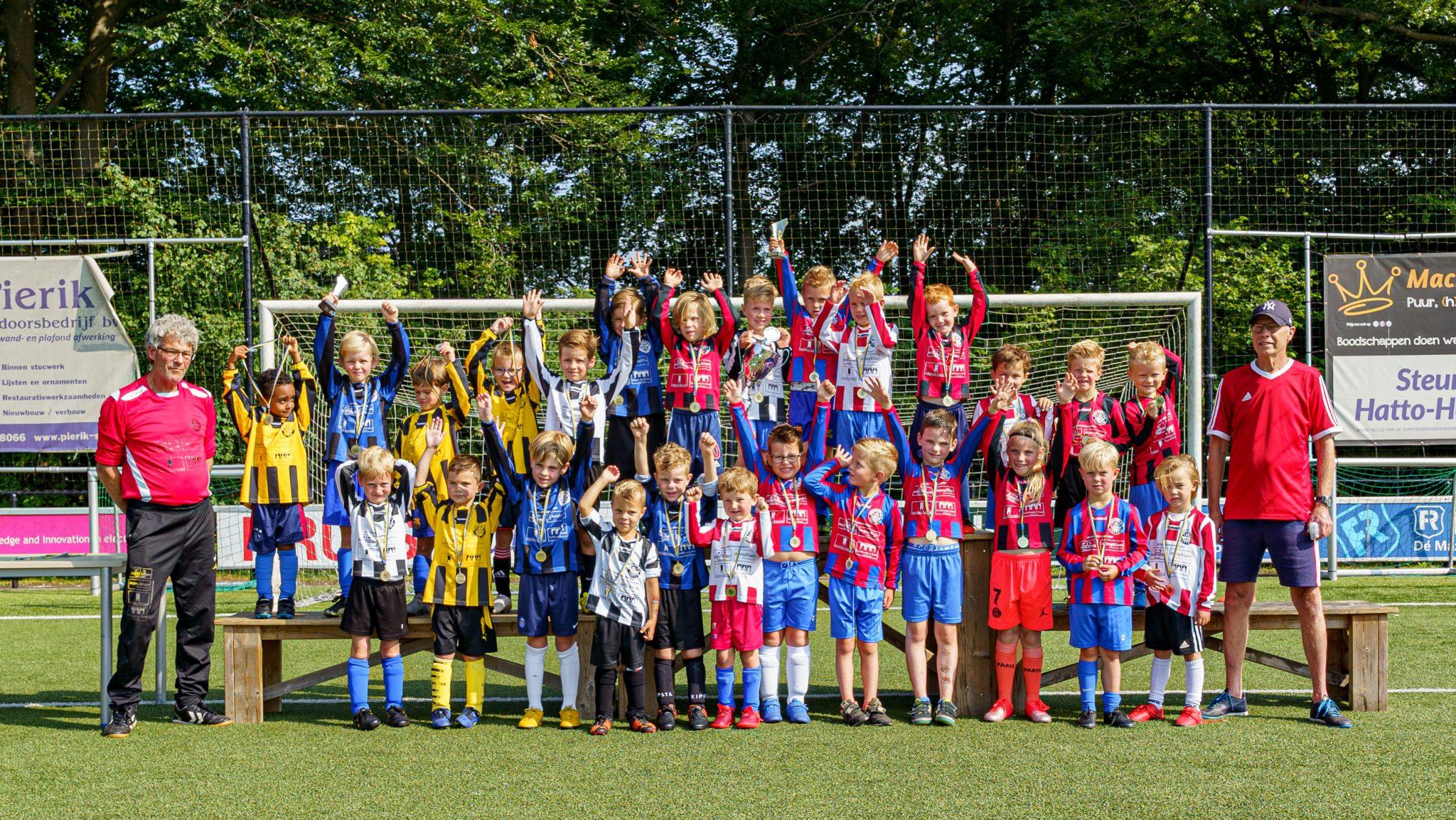 Prijsuitreiking van de Champions League bij sv Hatto-Heim
